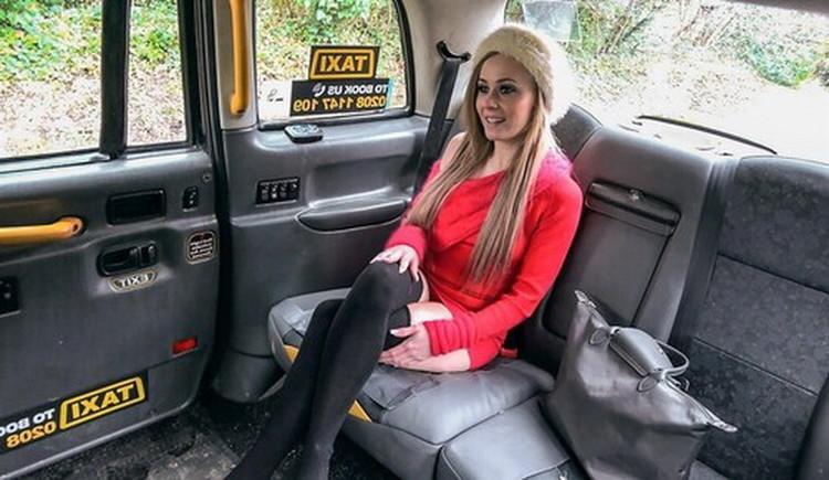 FakeTaxi/FakeHub: Carmel Anderson - Petite blonde takes dildo and cock [SD|480p|385 MB]