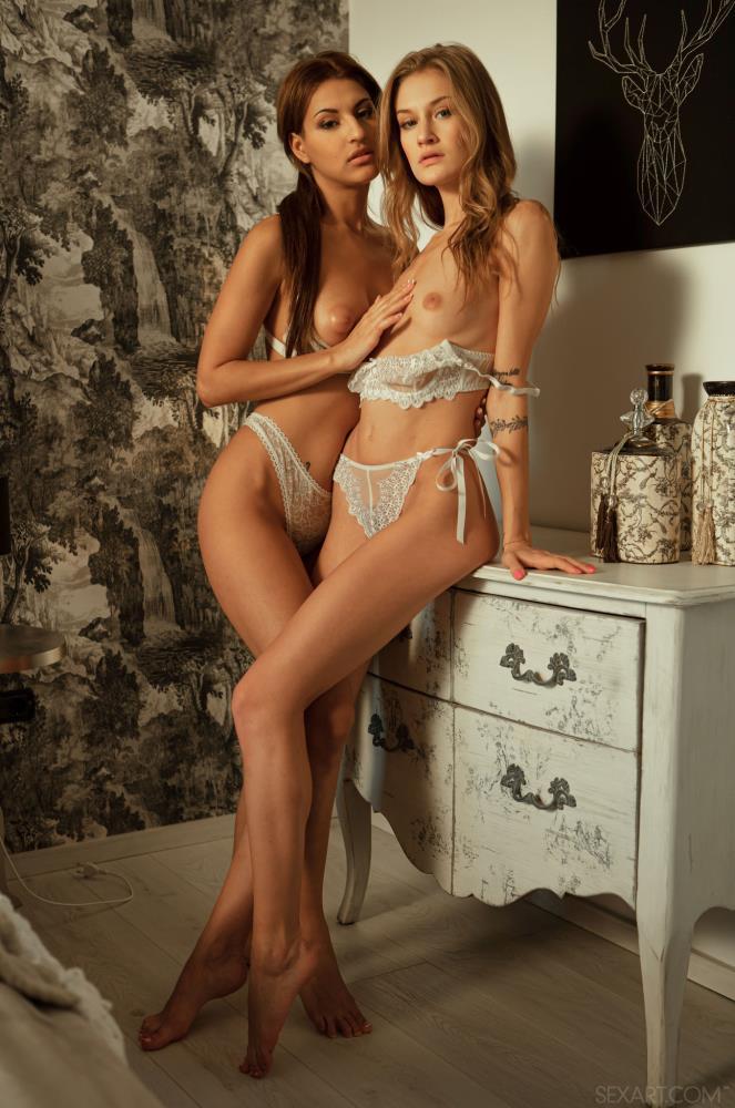 Tiffany Tatum, Sarah Cute - Delicious [SexArt.com] HD 720p - Jan 24, 2020