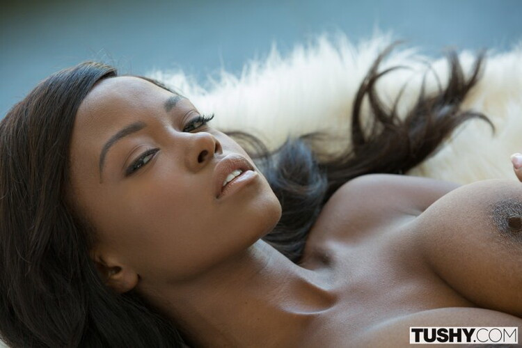 Jezabel Vessir - Stunning Sister Gets Hot Anal [FullHD/1080p/2.52 GB] Tushy