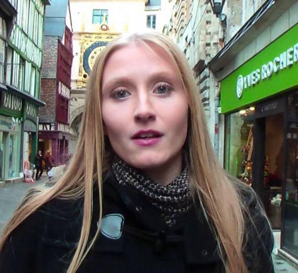 A Rouen avec Kelly ! - Kelly Doll [JacquieEtMichelTV] (FullHD 1080p)