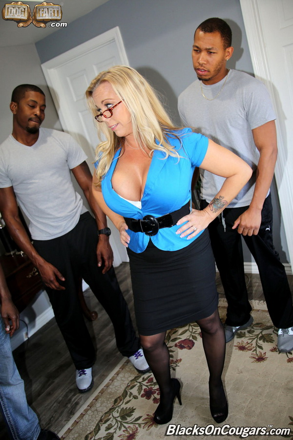 BlacksOnCougars/DogFartNetwork: Amber Lynn Bach - Hardcore [HD|720p|1.23 GB]