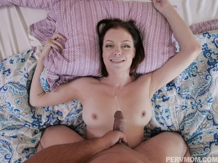 Sovereign Syre ~ A Pearl Necklace For Stepmom ~ TeamSkeet/PervMom ~ HD 720p