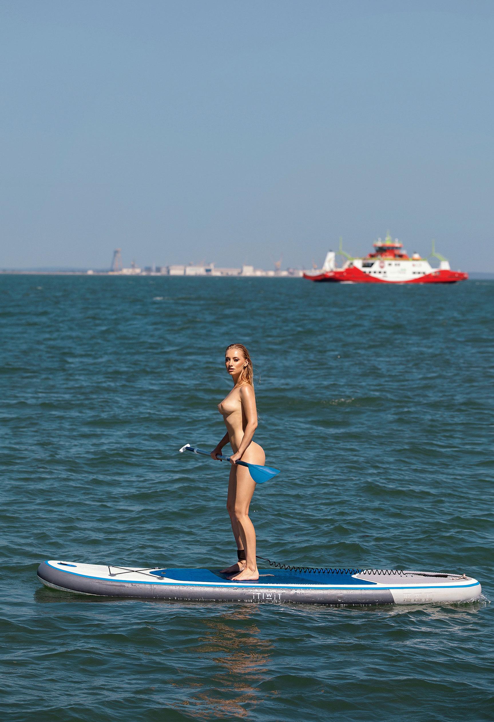Анна Иоаннова на яхте у португальского побережья / фото 10