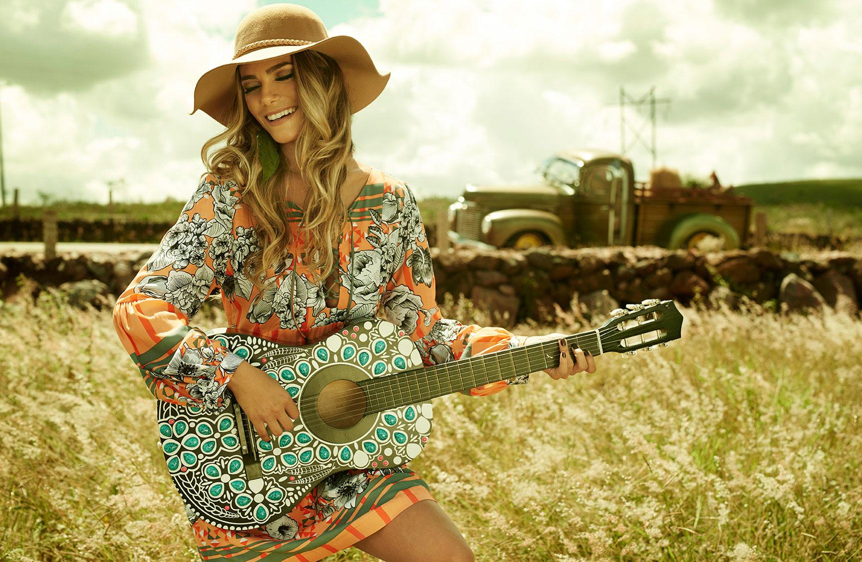 Карина Флорес в рекламной кампании модного бренда LOZZ / фото 04