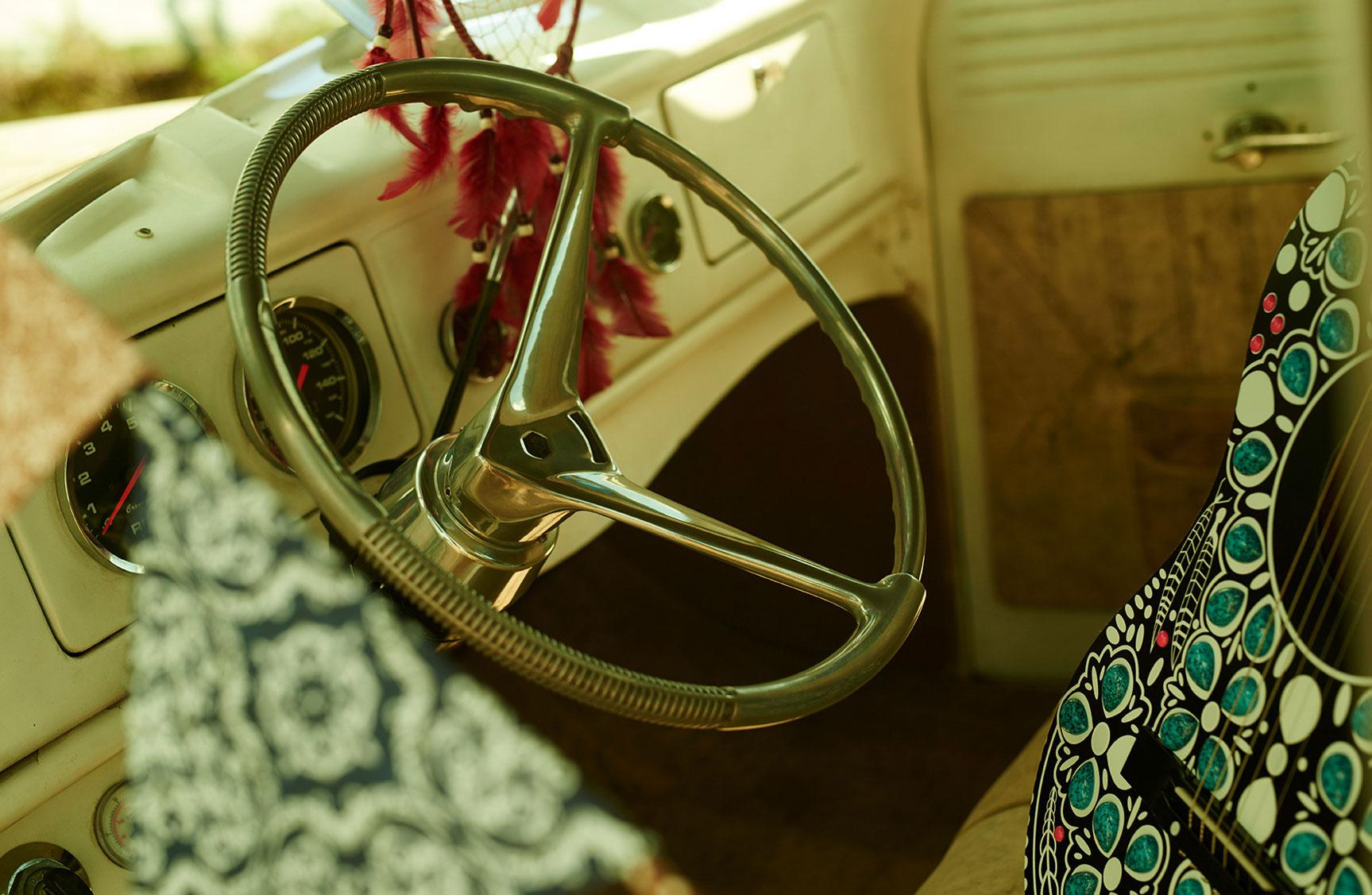Карина Флорес в рекламной кампании модного бренда LOZZ / фото 07