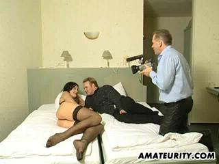 amateurity.com - Amateurs - A mom and two partners. (240p/SD)
