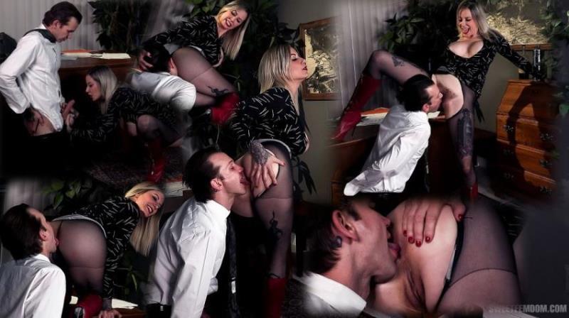 SweetFemdom.com: Madeline Marlowe, Will Havoc - Hot Secretary: Using Her Boss's Tongue [FullHD|1080p|890.95 Mb]