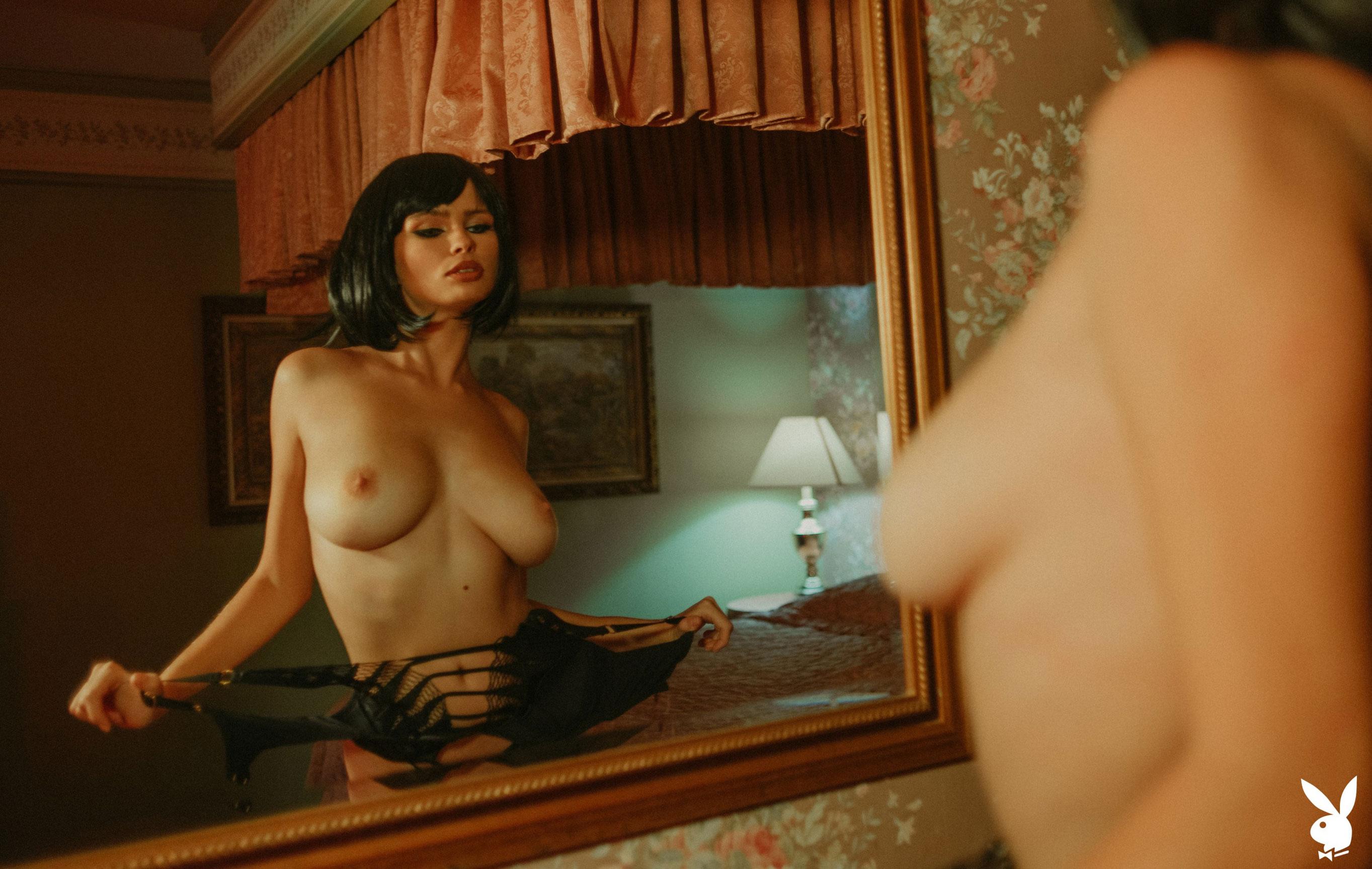 шпионская история / Юлия Логачева в гостиничном номере в Лос-Анджелесе / фото 04