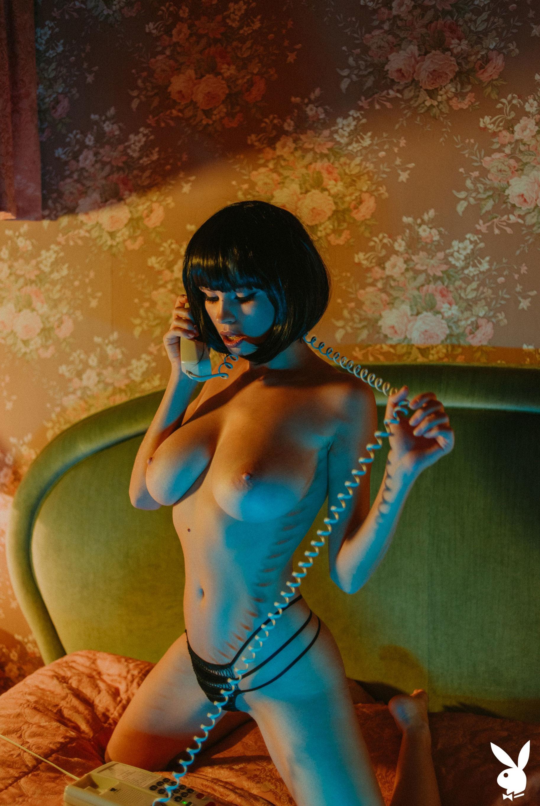 шпионская история / Юлия Логачева в гостиничном номере в Лос-Анджелесе / фото 06
