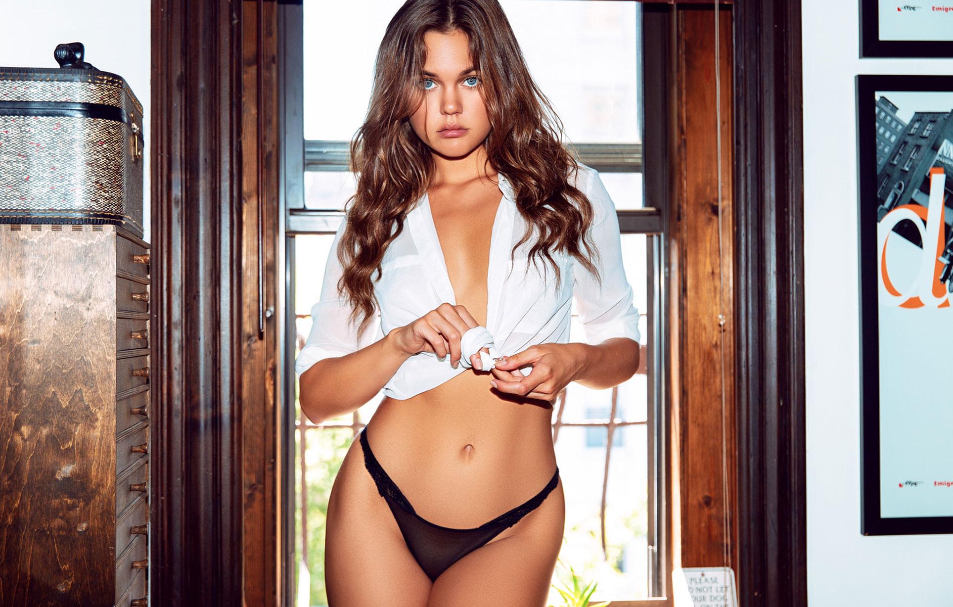 Лена Скай в нижнем белье в журнале Maxim Mexico / фото 02