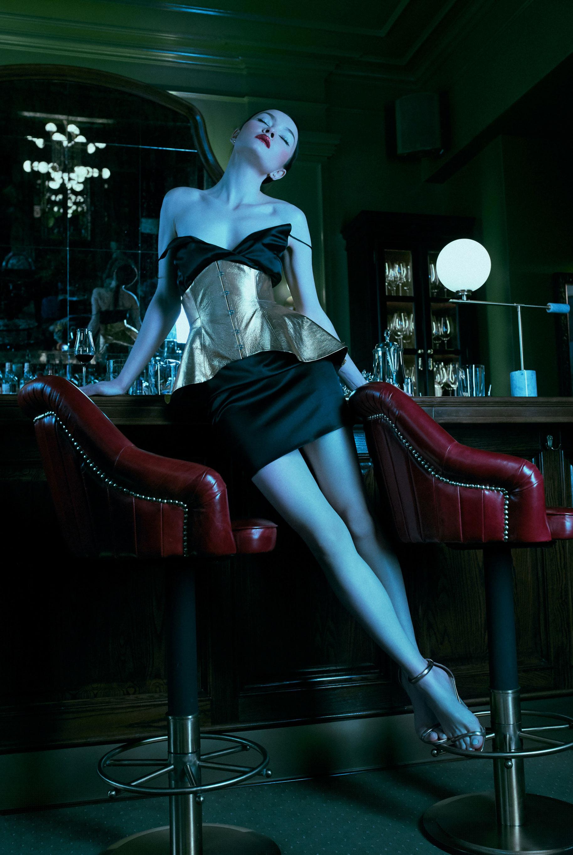 Ночь в фешенебельном клубе / фото 04